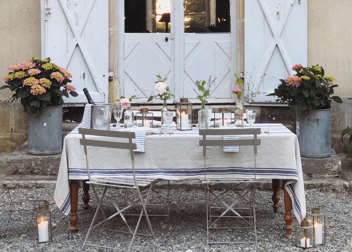 Dinner table - Chateau de La Ruche