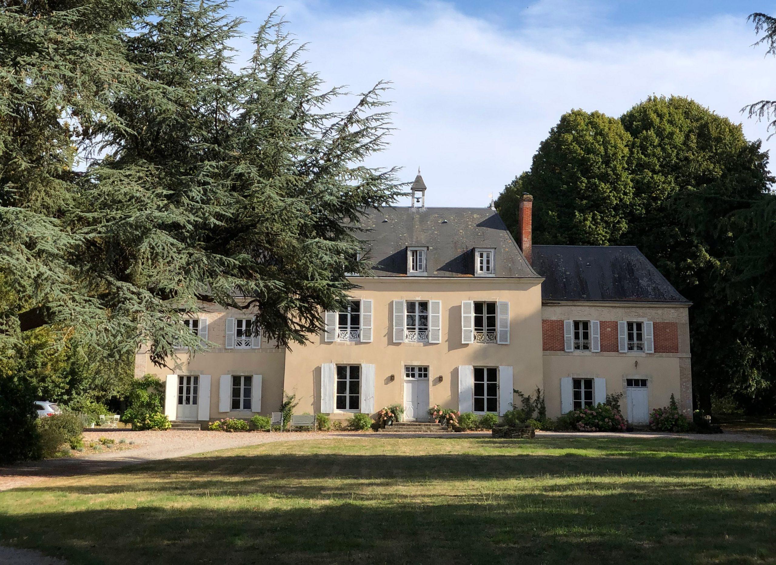 Exterior - Chateau de La Ruche