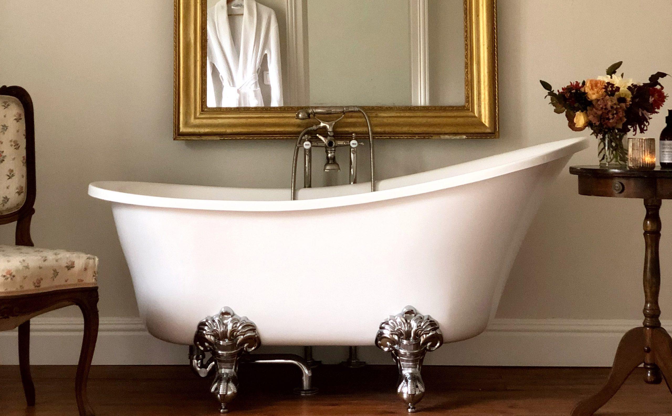Honey Suite bath - Chateau de La Ruche